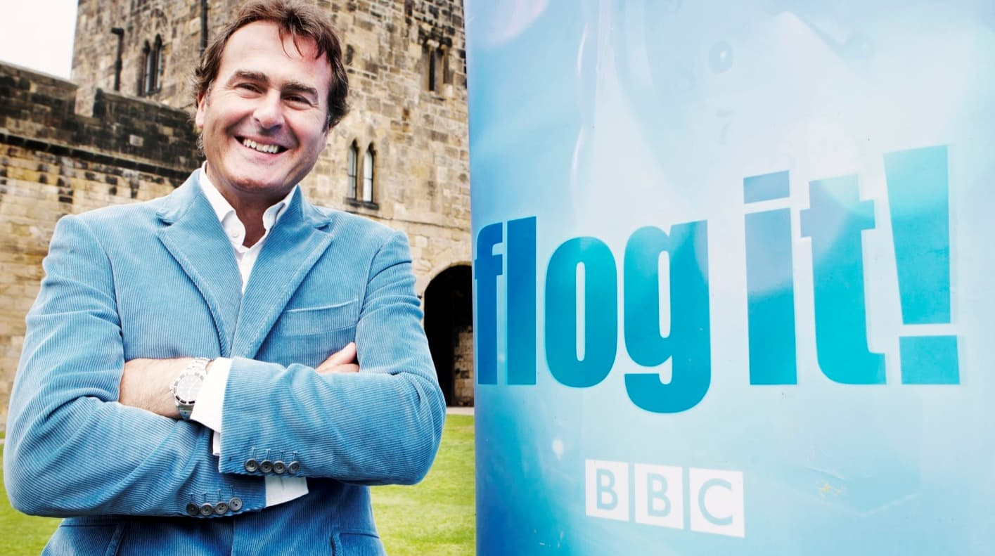 Flog-It-2011-Paul-Martin-with-logo-banner_2
